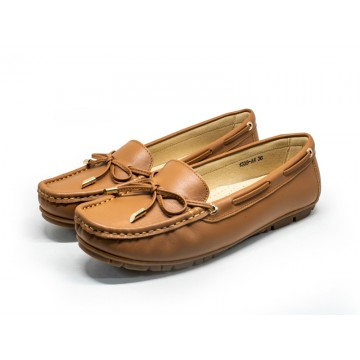 1339A4 Apache Ladies Leather Moccasins/Slip Ons
