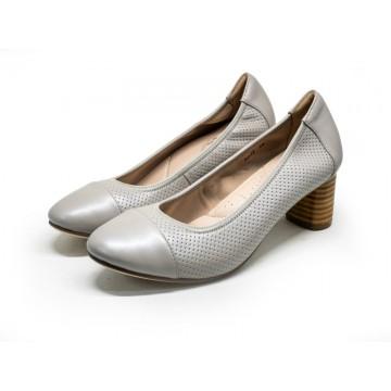 9032 Barani Classic Leather Heels (Mid, Perforated)